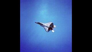 F-22 Raptor Showing Off