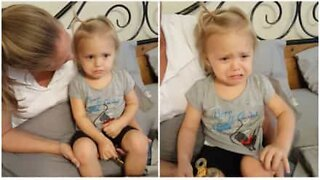 Tyttö ei pysty kuuntelemaan Celine Dionia itkemättä