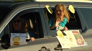 School district celebrates students with pep rally