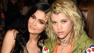 Kylie Jenner Gives Sofia Richie ADVICE How To Deal With JEALOUSE Kourtney Kardashian!
