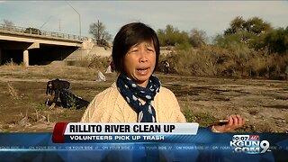 Volunteers clean up trash at Rillito River