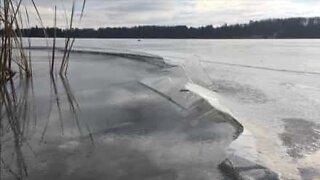 Frozen lake makes Star Wars sounds