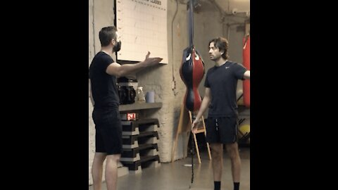 Face Mask Argument In The Gym
