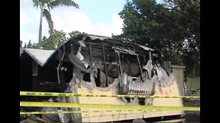 Mobile home fire extinguished near West Palm Beach