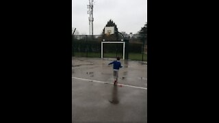 6 year old makes an incredible trick shot!