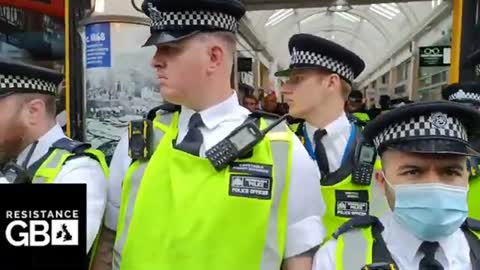#LIVE London Freedom Rally l Anti Lockdown / Apartheid Protest at Canary Wharf - part 2 (03.09.21)