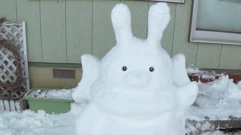 How to Make Rabbit Snow Sculpture!