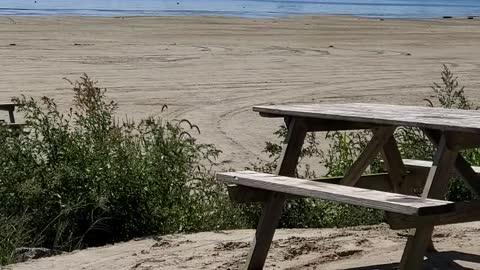 Hello beaches