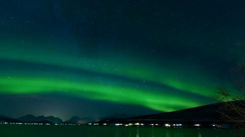 Time lamps of aurora borealis