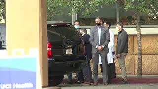 Bill Clinton walks out of California hospital