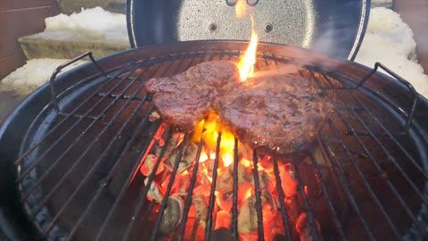Grilling Wagyu Steaks & Sirloin Steaks on the Weber
