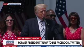 💣💥BOOM. Trump announces Class Action against Big Tech 👊