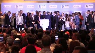 Duque llama a la unidad de Colombia y Petro abre un nuevo espacio a izquierda