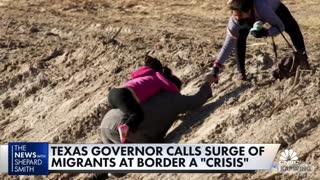 Texas Gov. Sends Stern Message to Illegals While Biden Flounders