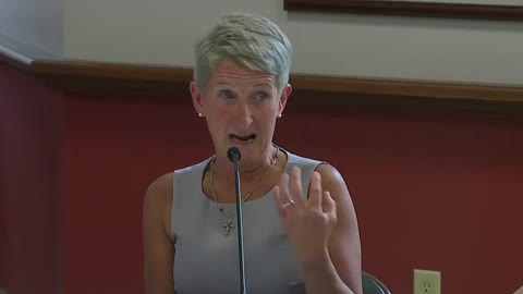 Mom weeps as she tells senator how Pfizer shot left her daughter wheelchair-bound