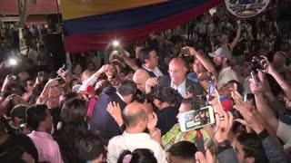 Juan Guaidó promete más presión contra Maduro
