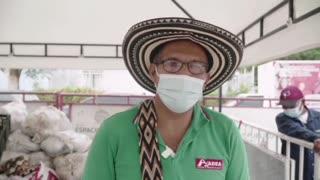Cerca de 470 cartageneros acudieron al mercado campesino de Bicentenario