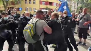 Thousands protest in #Berlin against Covid restrictions