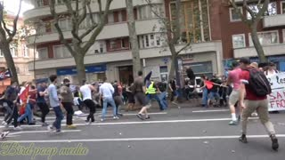Anti maskers vs Police and maskers in France
