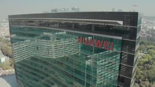 EE.UU. aumenta la presión sobre Huawei