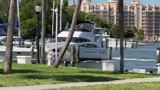 Drunk man slams yacht into boats in Florida