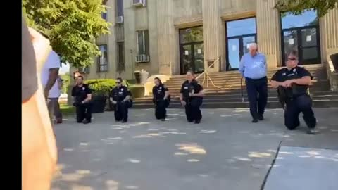 Portsmouth Ohio Police Bow Down For BLM