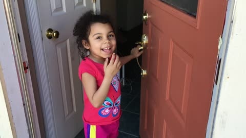 Removing a tooth with a door and a string