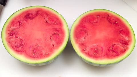 How to peel and cut a watermelon