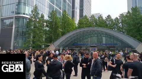 #LIVE London Freedom Rally l Anti Lockdown / Apartheid Protest at Canary Wharf - part 1 (03.09.21)