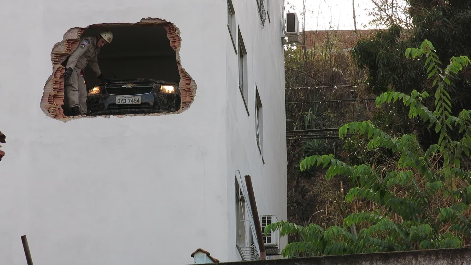 Han unngikk døden med et nødskrik da han parkerte bilen