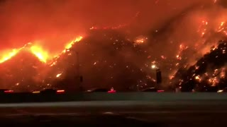 Massive brush fire captured on camera from 405 Freeway in Los Angeles