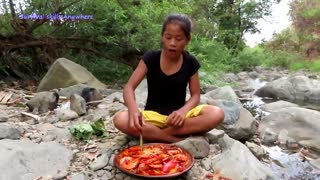 Cooking Shrimp Curry Spicy with Bell peppers for Food - Survival skills Anywhere Ep 87