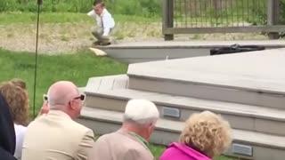 Kids add some comedy to a wedding •wedding fails hilarious