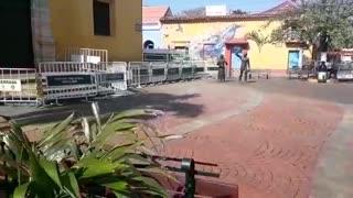 Cerramiento de la plaza