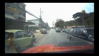 Mother Dives into Traffic to Save Child