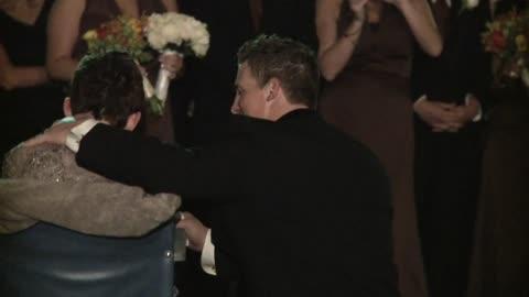 Groom Shares Emotional Dance With Mother Battling ALS