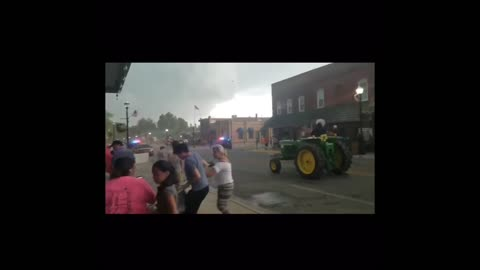 Parade ends in disaster as storm ruins everything in sight