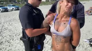 Professional acrobat and her friend spar with police on Myrtle Beach over swimsuit ordinance
