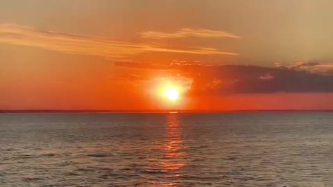 On the boat, I saw the reflection of the sunset on the sea! It was very beautiful