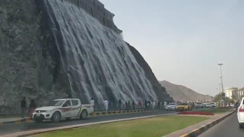 Khorfakkan เมืองสวย สงบ และน้ำตก ฝีมือมนุษย์