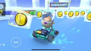 Mario Kart Tour - Roy Cup Challenge: Break Item Boxes Gameplay