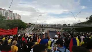 Video: Avanza una jornada más de marchas en Bucaramanga este lunes