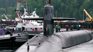U.S. Navy engineer charged with selling secrets