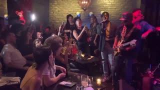 Maskless San Francisco mayor seen partying at nightclub