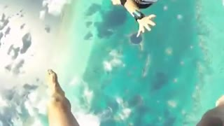 Skydiving Fanny video_480p