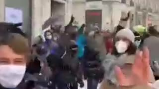 Spanish breaking COVID lockdown rules while raving in the snow