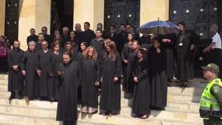 Jueces realizan plantón a las afueras del Palacio de Justicia en Bucaramanga