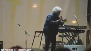 Quando Grillo parlava contro Europa