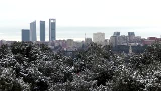 Madrid prepares for biggest snowfall in decades