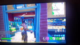 my child with 6 years playing fornite